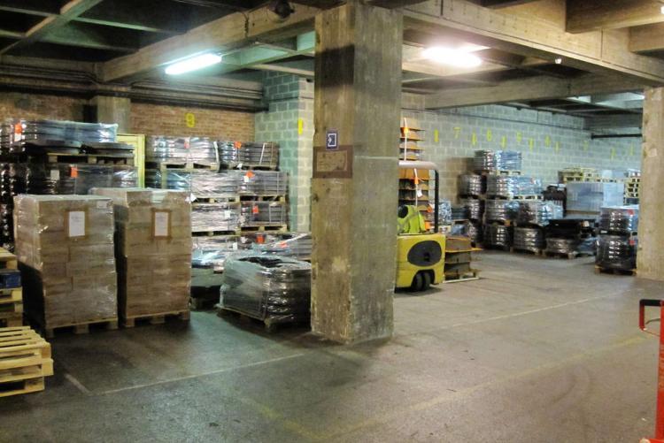 6000 m² de stockage