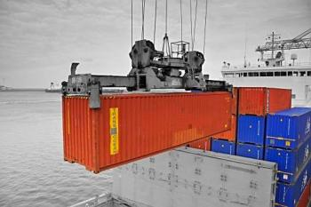 We deliver your sea containers to your customers